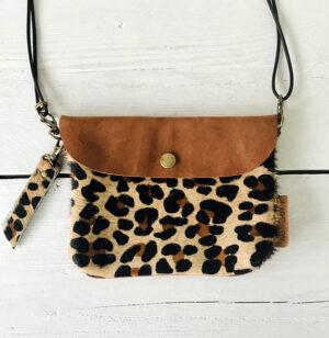Label Six clutch en bum bag leopard bruin