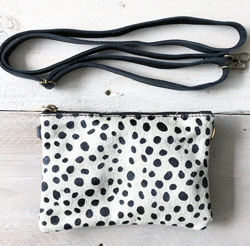 Clutch black and white