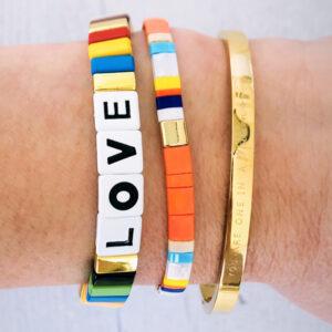 Armbanden set gouden bangle love