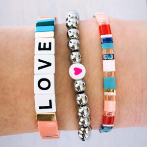 Armbanden set zilver love colors
