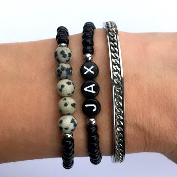 Armbanden zwart zilver initial