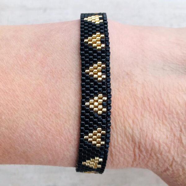 Geweven armbandje zwart