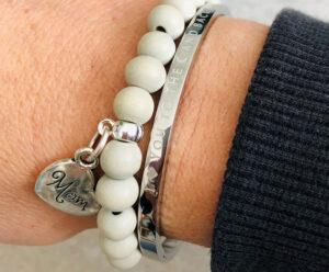 Moederdag armbanden Mom