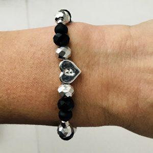 Initial kralen armband zwart