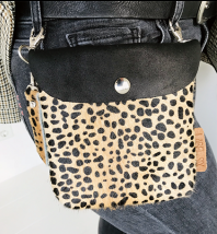 Label Six clutch en bum bag leopard