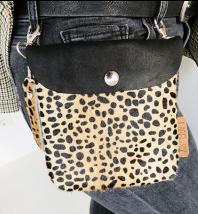 Label Six clutch en bum bag leopard