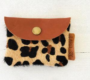 Label Six porto leopard