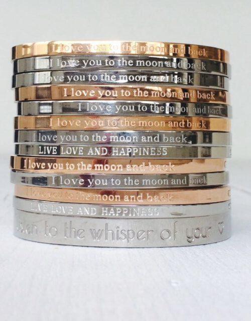 Quote armbanden