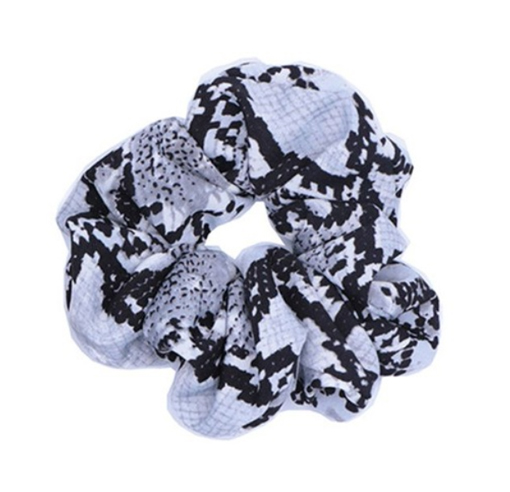 Scrunchie black snake