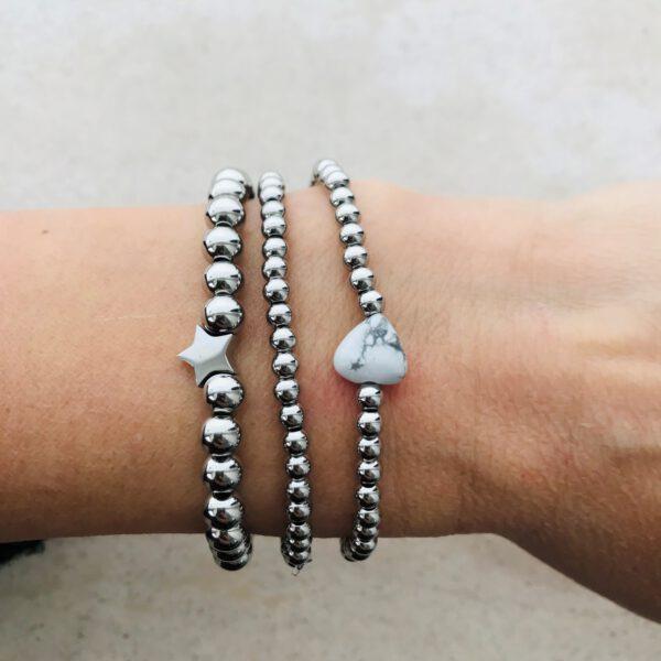 Zilveren armbanden met stenen hartje
